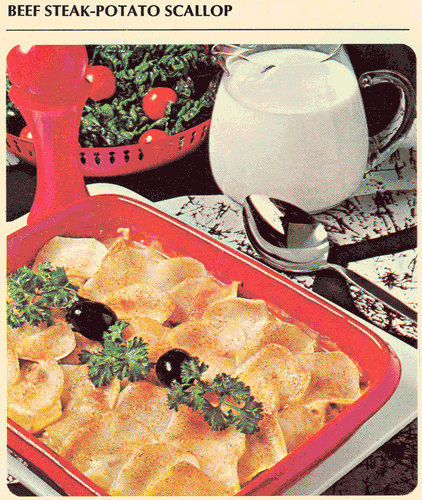 1971 Betty Crocker Recipe Library - Budget Casseroles 14C